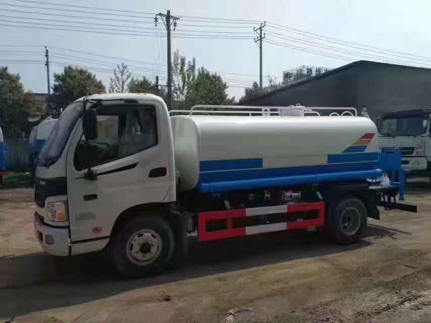 福田欧马可10吨洒水车图片2