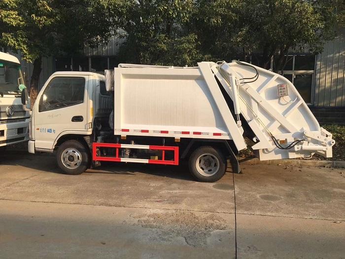 凯马蓝牌3-4方压缩垃圾车