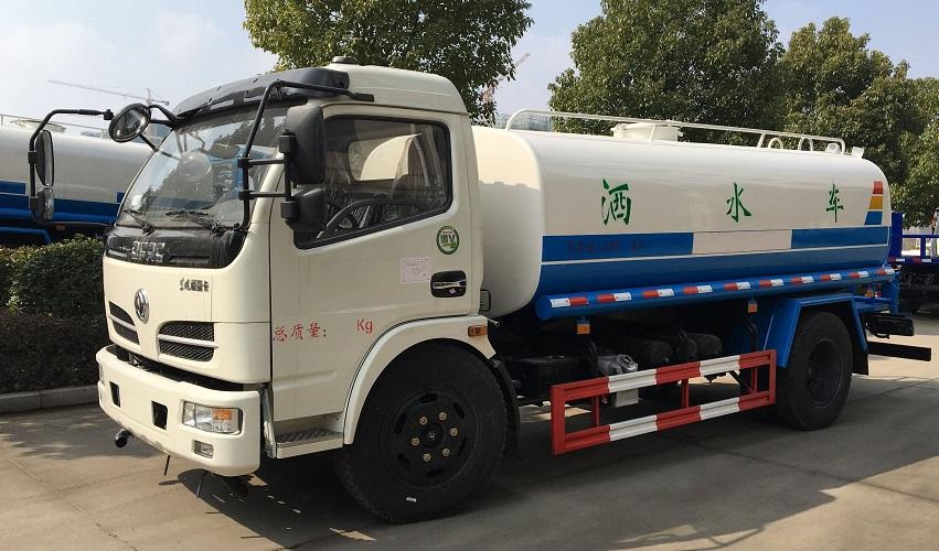 东风多利卡9.3吨洒水车首次优惠进行中(国五来袭)