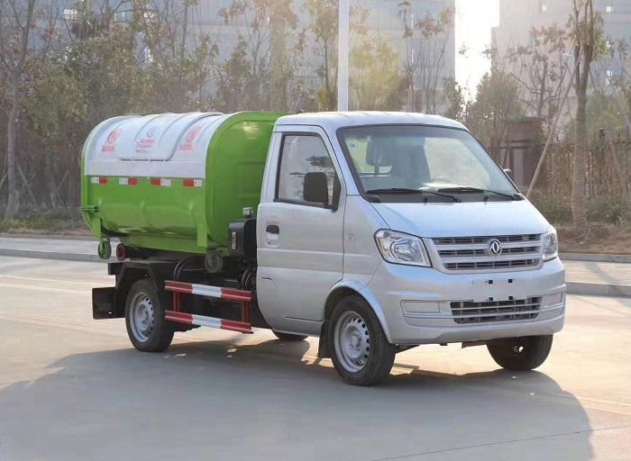 东风小康3方勾臂垃圾车,车厢可卸式垃圾车图片
