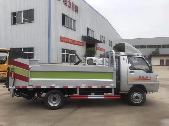 凯马8-10桶240L桶装垃圾运输车