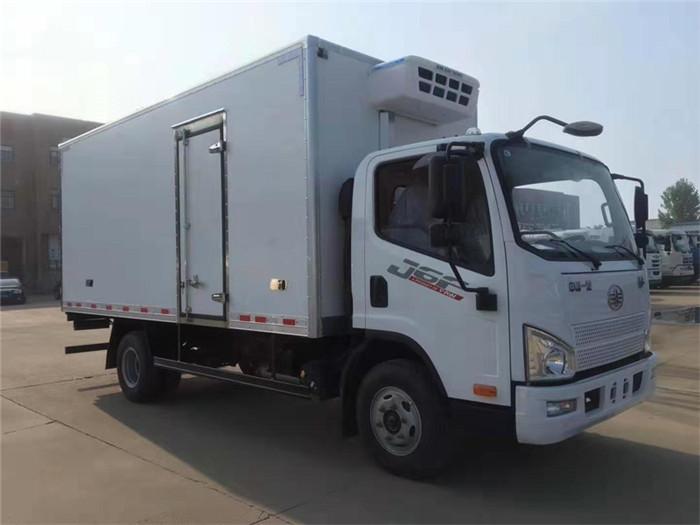 解放J6F厢长5米1冷藏车