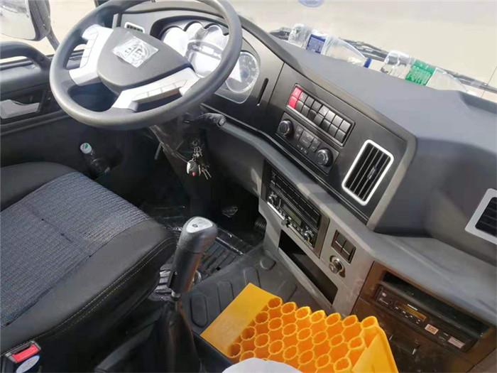 新款青岛解放龙VH冷藏车,容积:41m³图片五