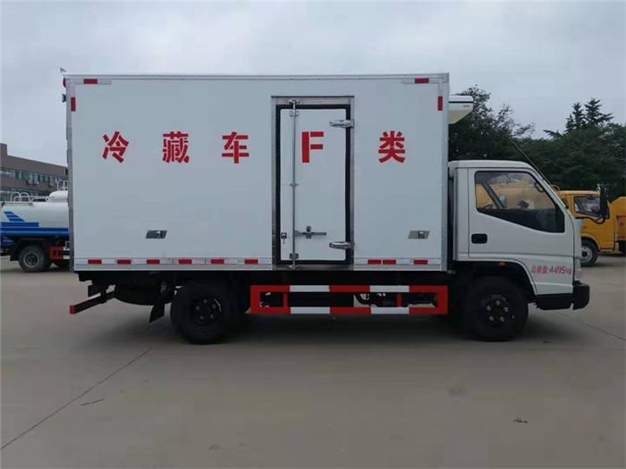 江铃顺达(宽体)冷藏车(厢长4.05米)图片五