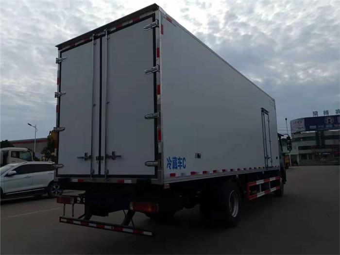 福田欧马可S5冷藏车(厢长7.6米)图片七