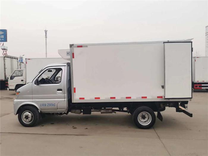 国六长安神骐T20冷藏车(厢长3.2米)图片四