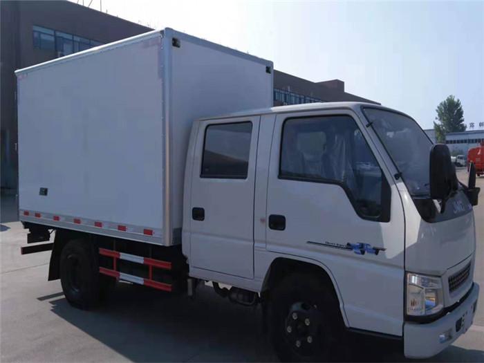 江铃顺达双排座冷藏车(厢长3.2米)图片一