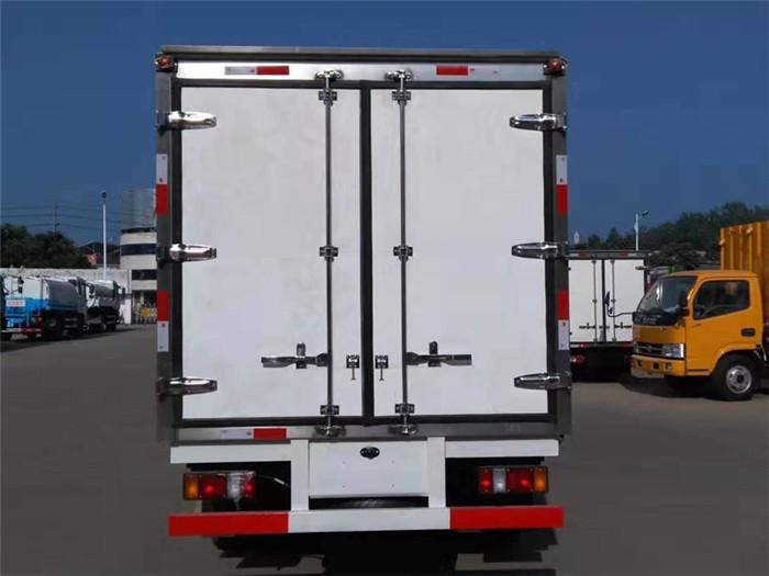 江铃顺达双排座冷藏车(厢长3.2米)图片八