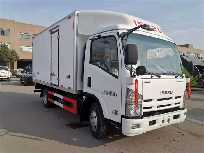 庆铃五十铃KV600型冷藏车图片二