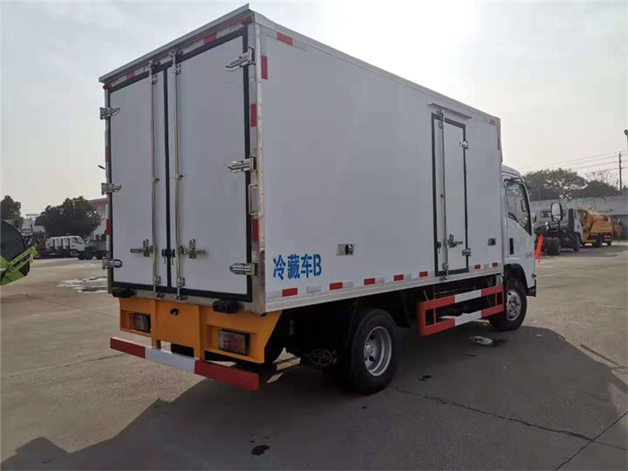 庆铃五十铃KV600型冷藏车图片六