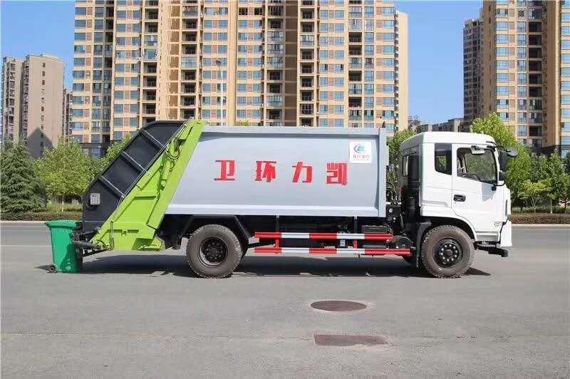 东风御虎10立方压缩式垃圾车图片