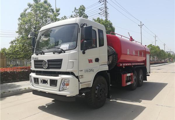 东风六驱森林消防水罐车价格35万-40万之间